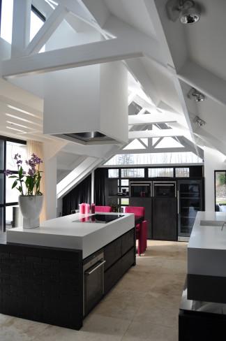 Kitchen in a white villa, Heiloo
