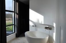 White villa bathroom, Heiloo