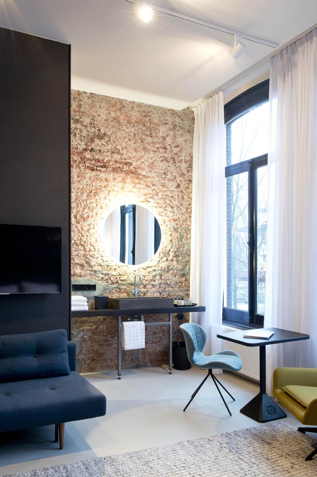 Guest bed, Piet hein hotel, by Jeroen de Nijs