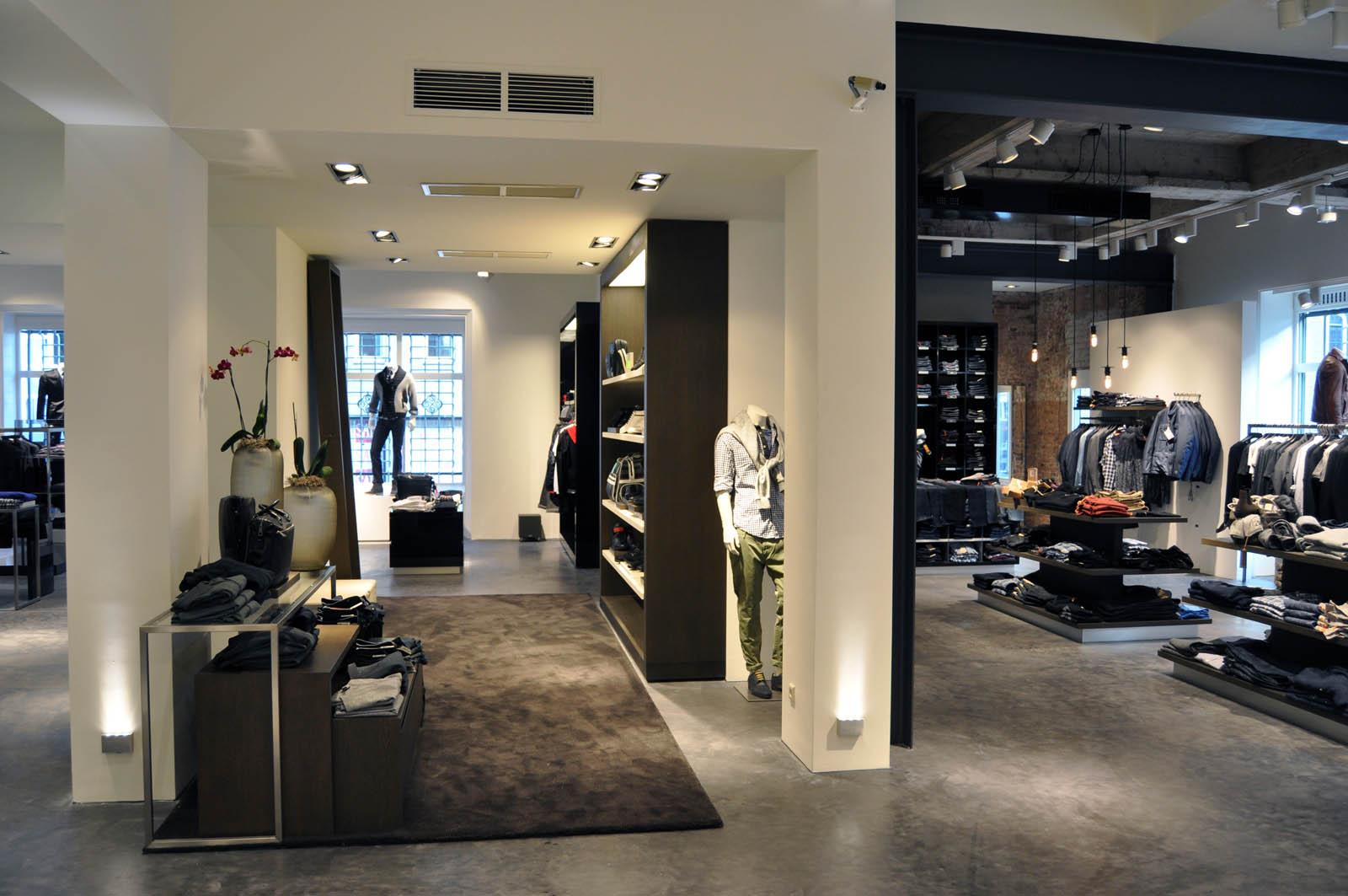 Store, Hugo Boss in Alkmaar, by Jeroen de Nijs
