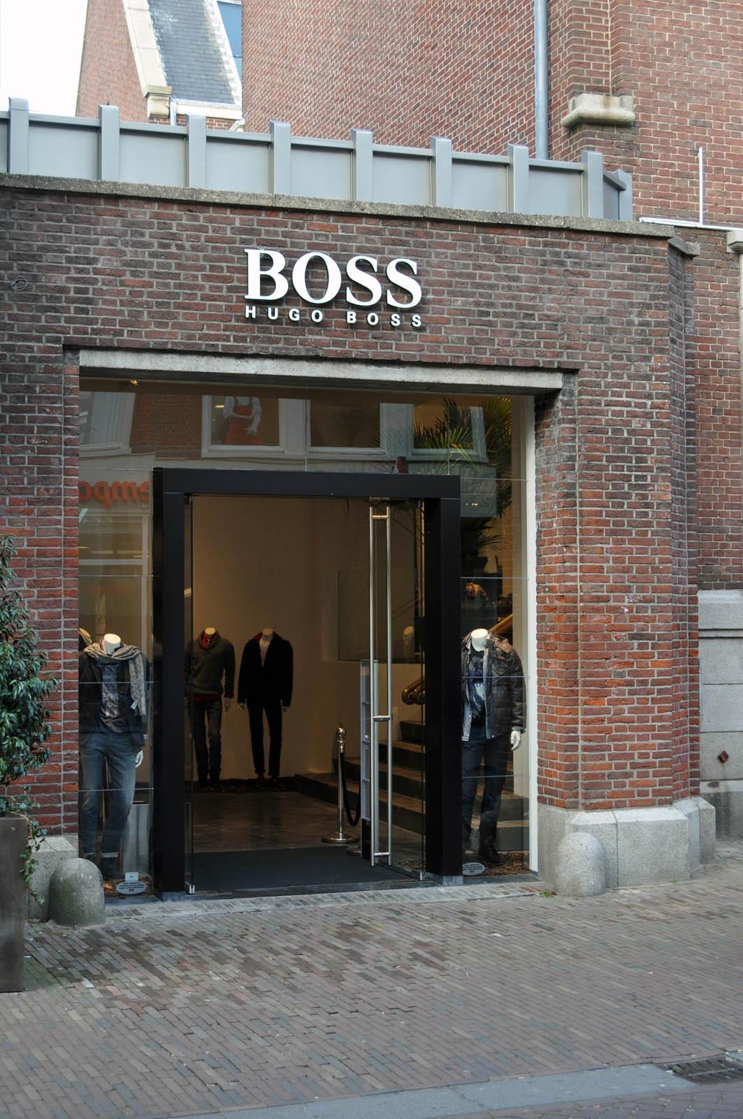 Facade, Hugo Boss in Alkmaar, by Jeroen de Nijs