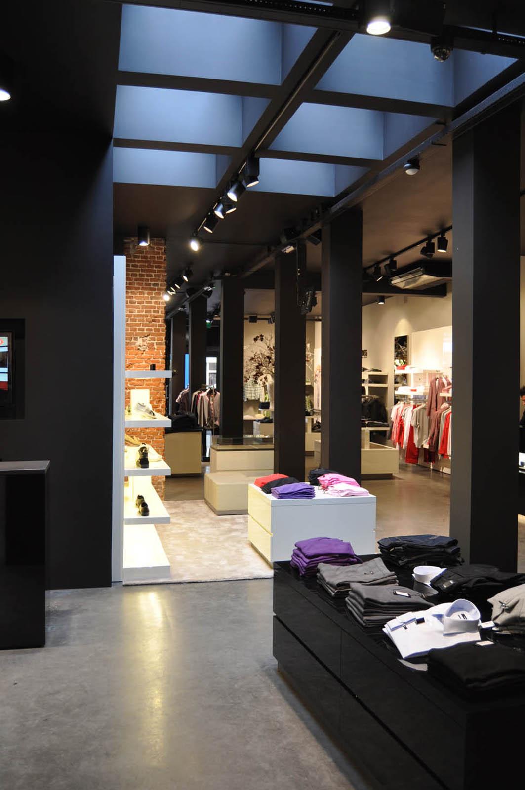 jeroendenijs-hugo-boss-haarlem-black-interior-design