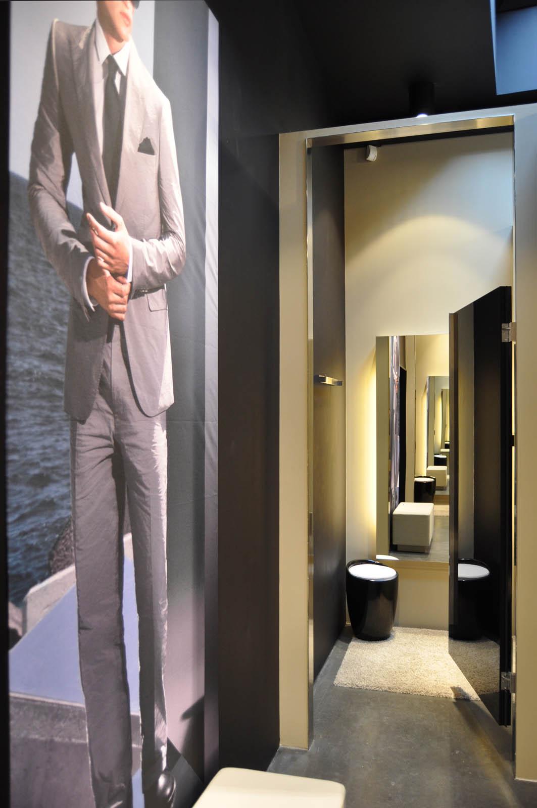 Fitting room, Hugo Boss Haarlem by Jeroen de Nijs
