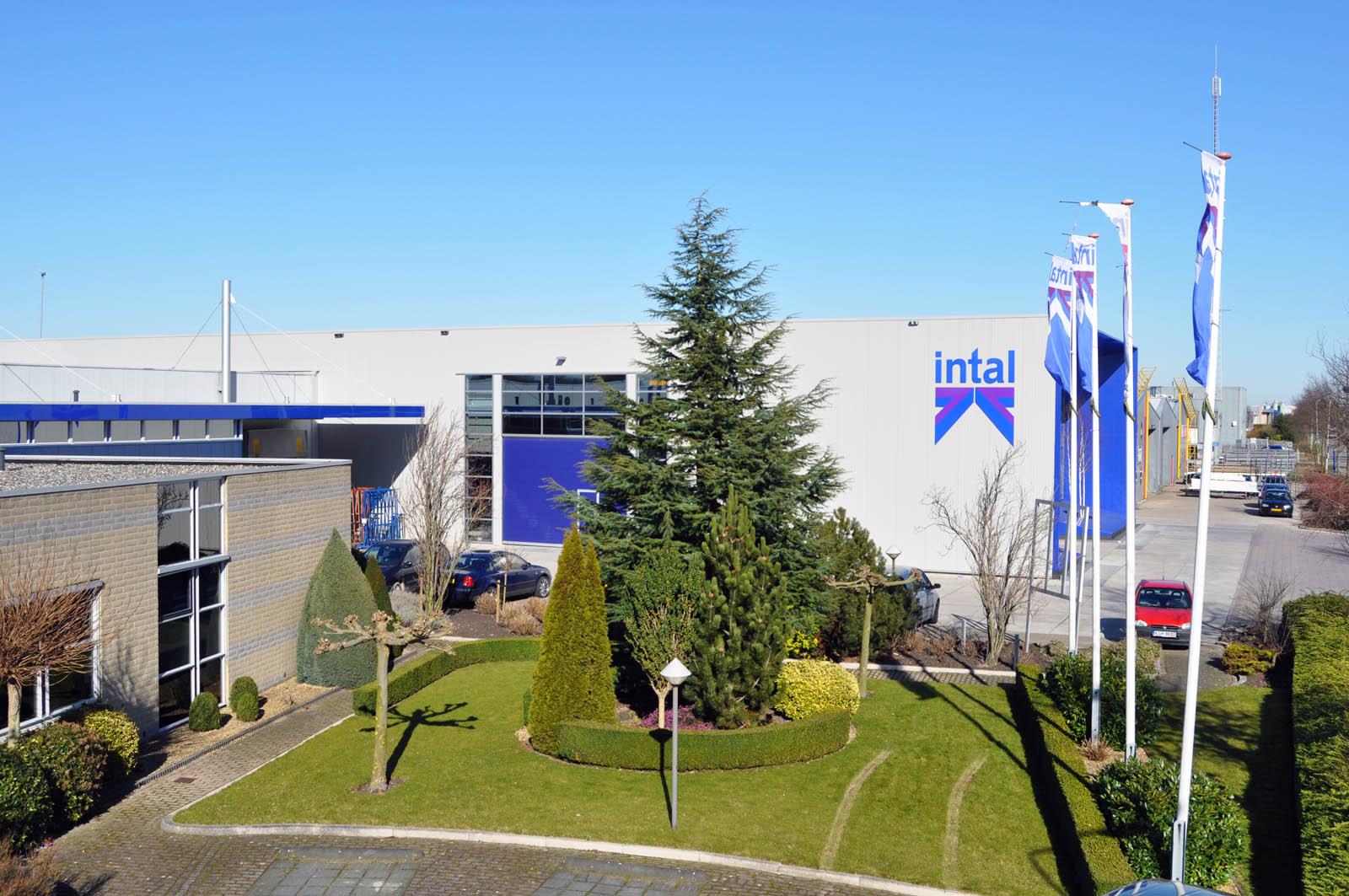 Garden, Office building Intal, by Jeroen de Nijs
