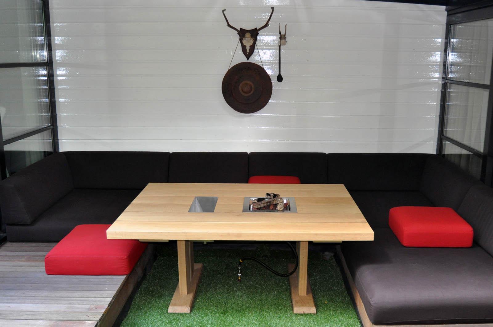 Garden lounge, fire table, Jeroen de Nijs