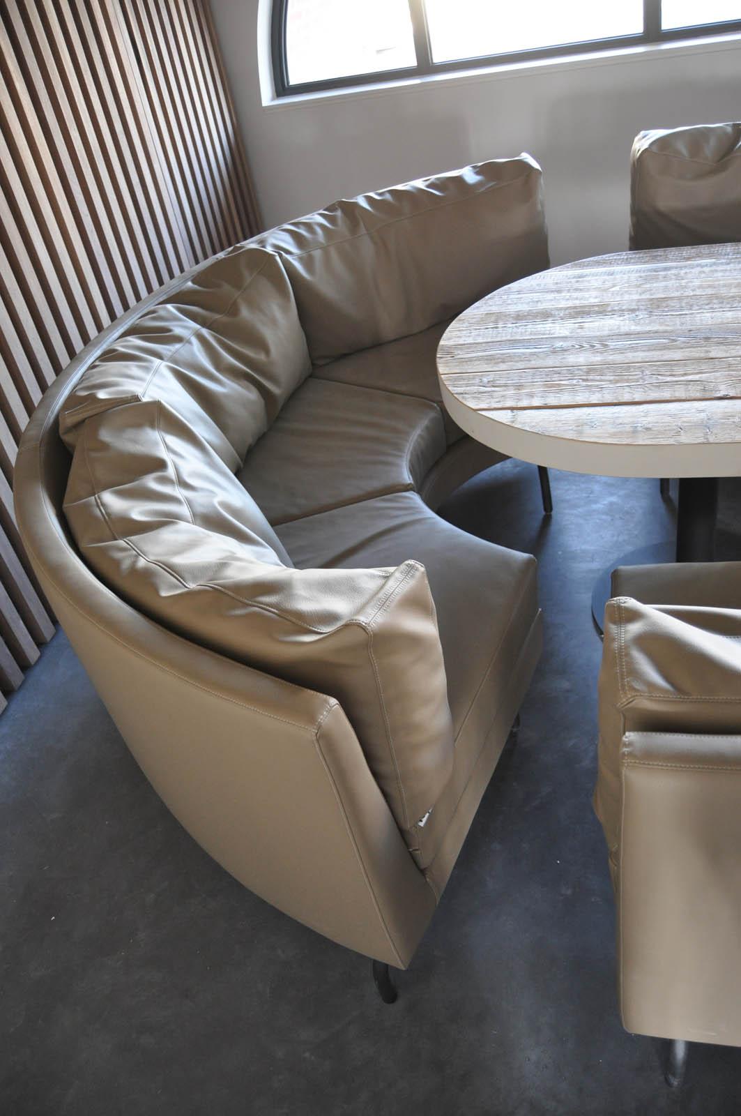 Club, couch, Jeroen de Nijs