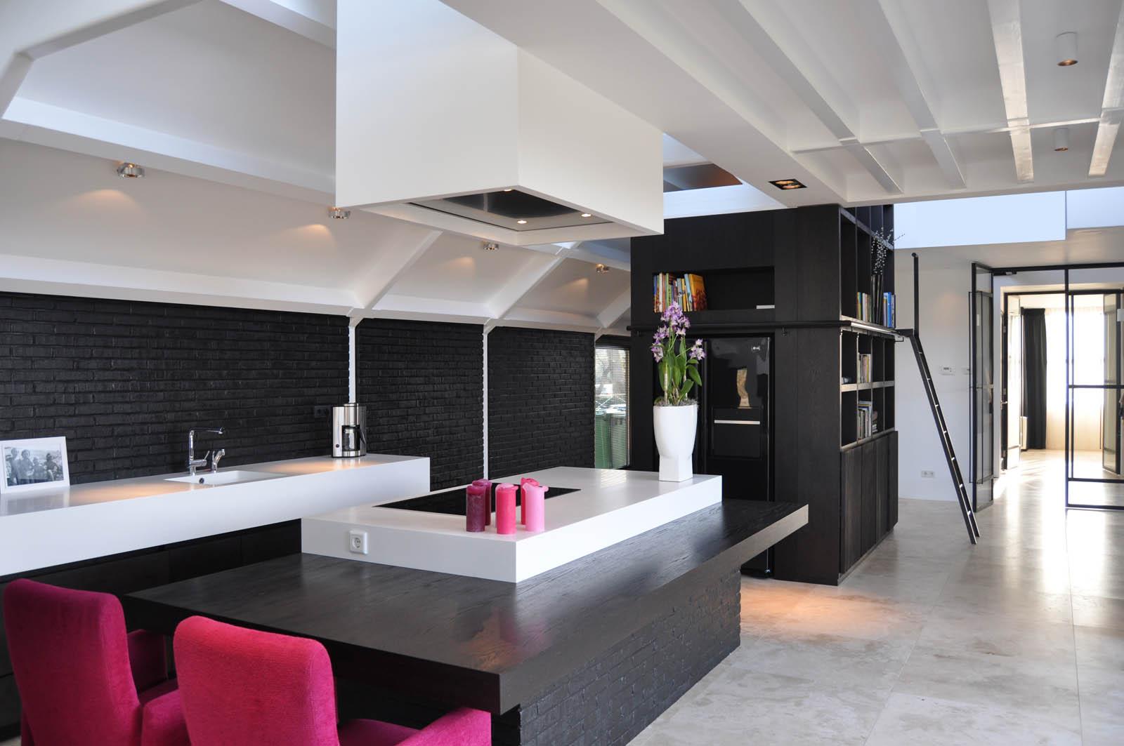 Kitchen, Villa Heiloo by Jeroen de Nijs