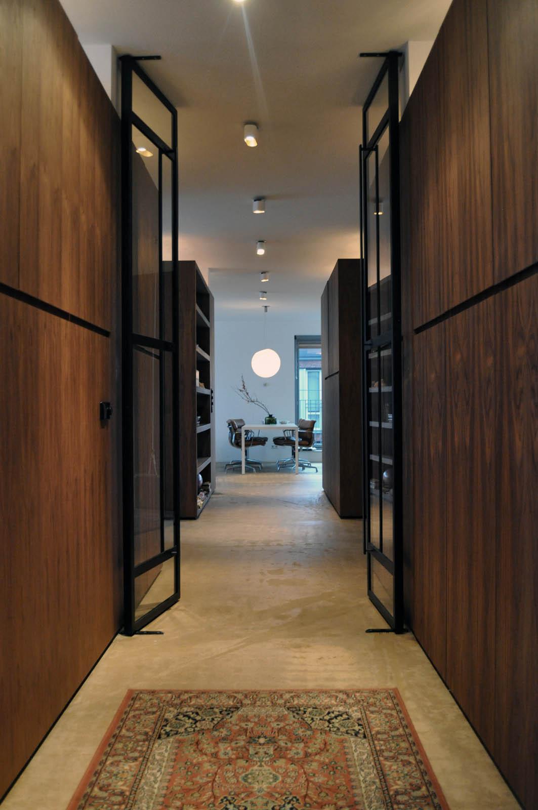 Hallway, Loft IJ, by Jeroen de Nijs