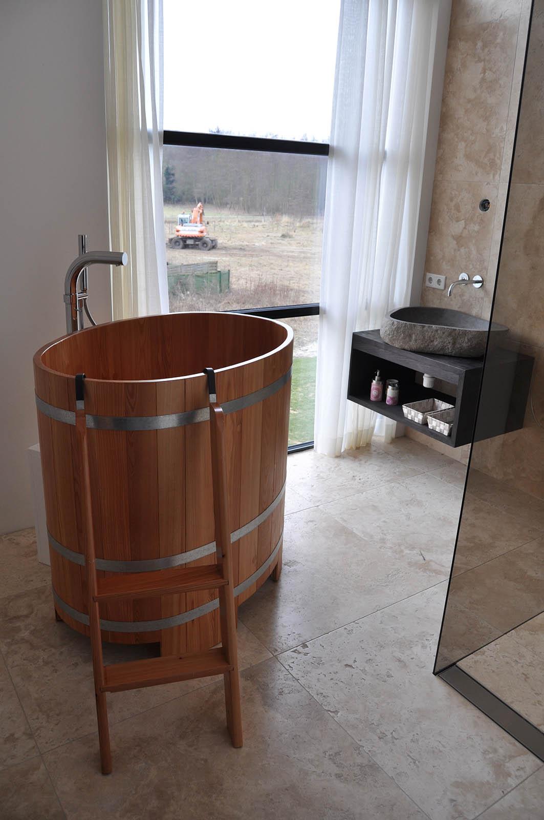Bathroom,White villa heiloo, jeroen de nijs