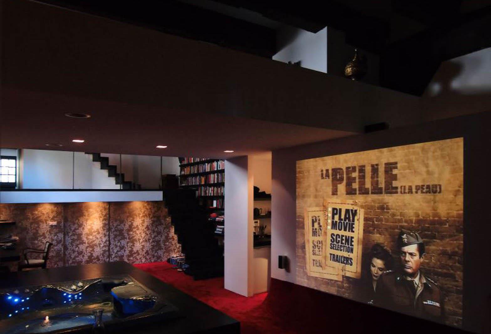 Cinema, Loft Amsterdam, by Jeroen de Nijs
