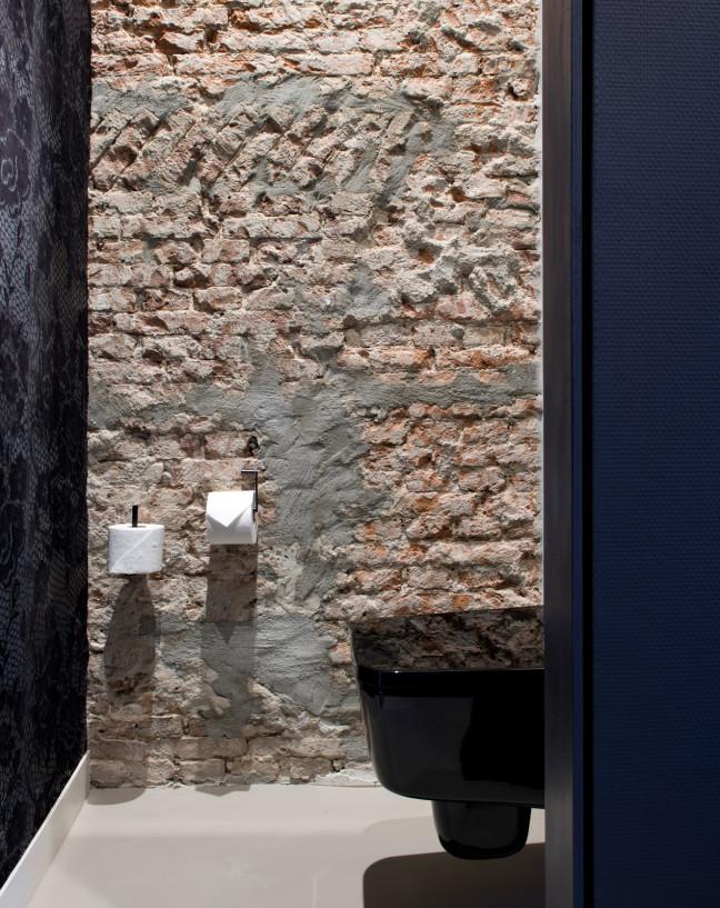 Piet Hein Hotel Jeroen de Nijs toilet