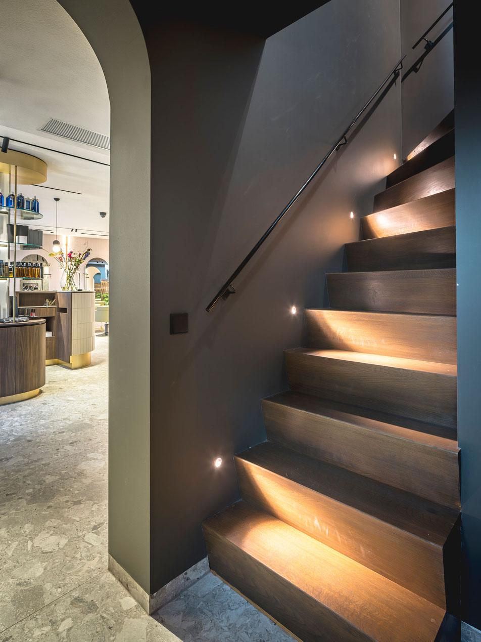 salon bosman brutalism jeroen de nijs bni stairway