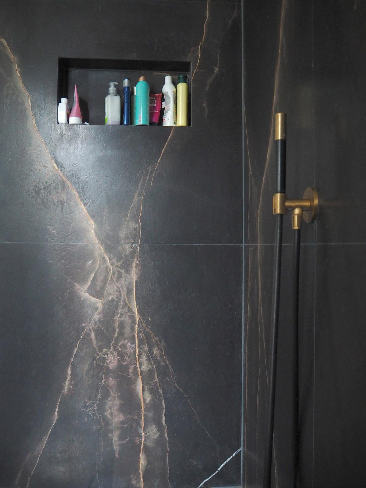 jeroen_de_nijs_ijburg_shower