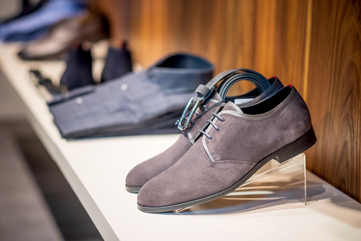 jeroen_de_nijs_iconic_alkmaar_hugo_boss_shoes