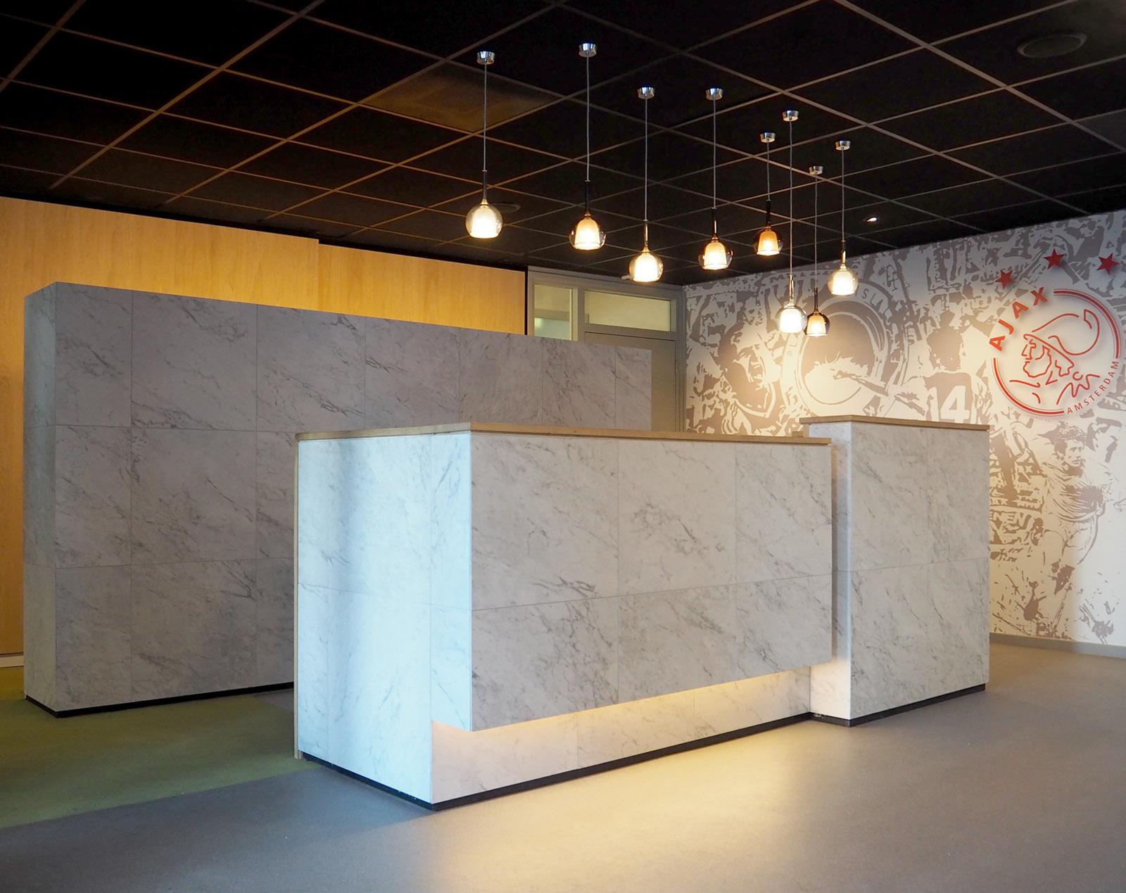 lobby-ajax-amsterdam-arena-balie-side-jeroendenijs