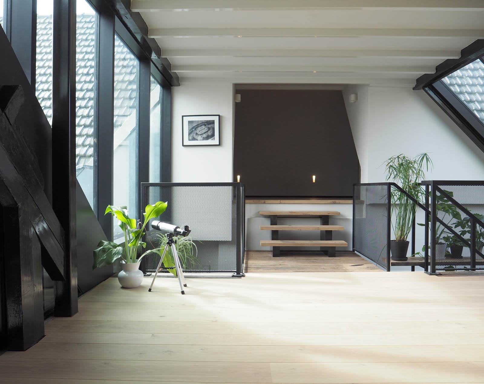 overloop_modern_glasconstructie_view_jeroendenijs